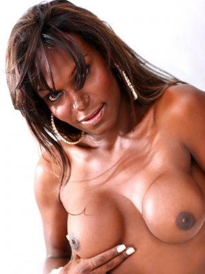 Ilonka threesome live escort Stoke-on-Trent